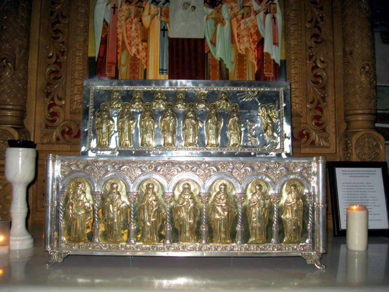 Racla lucrata in Atelierul Manastirii Pasarea